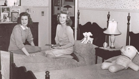 Jean Galigher (Seminary '44) and another student in their dorm room at the Mount Vernon Seminary.